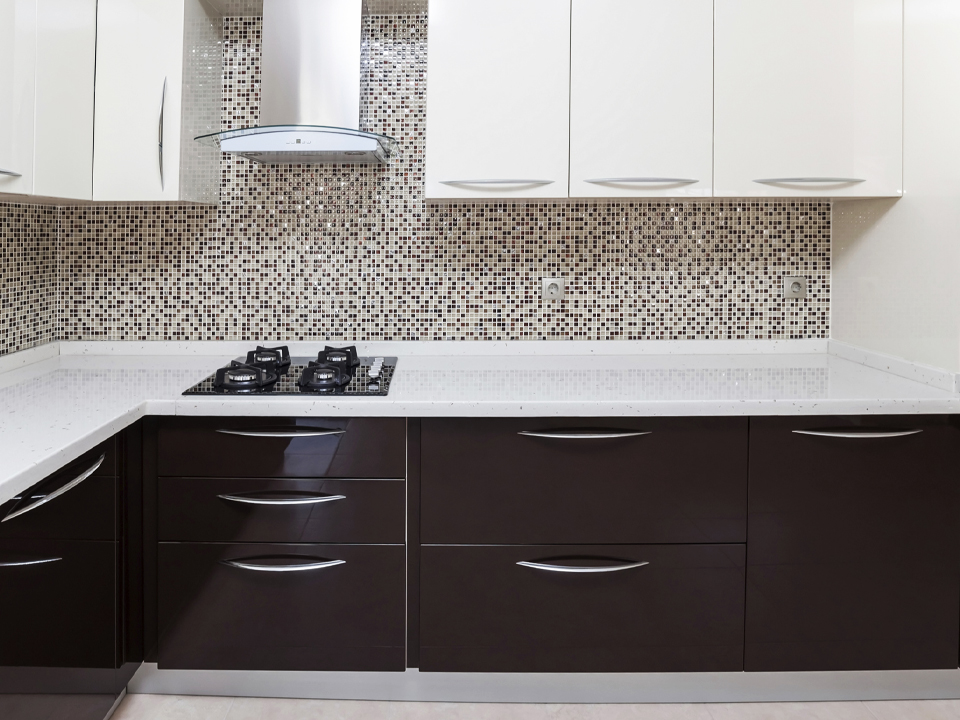 Two tone cabinets Wood Two Tone Cabinets All The Rage In The Kitchen Cabinetcorp Two Tone Cabinets All The Rage In The Kitchen Cabinetcorp